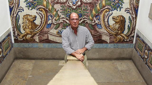 """Carlos Carreiras acusa CNE de ser """"instrumentalizada pela oposição"""""""