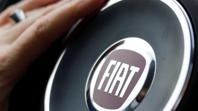 Trabalhadores da Fiat marcam greve contra valor pago por Ronaldo