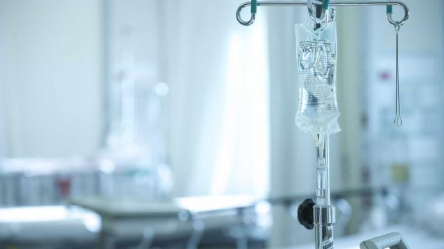 """Abertura de 20 Unidades de Saúde Familiar por ano """"é escandaloso"""""""