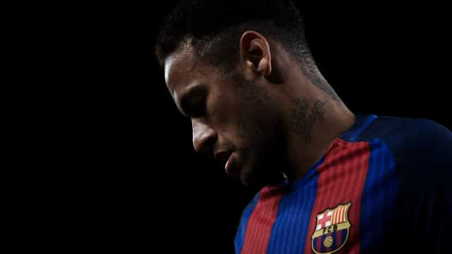 Paris Saint-Germain disposto a pagar a milionária cláusula de Neymar