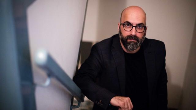 Valter Hugo Mãe dirige coleção de poesia que chega às livrarias