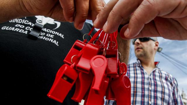 Serviços prisionais acusam sindicato de boicotar serviços mínimos