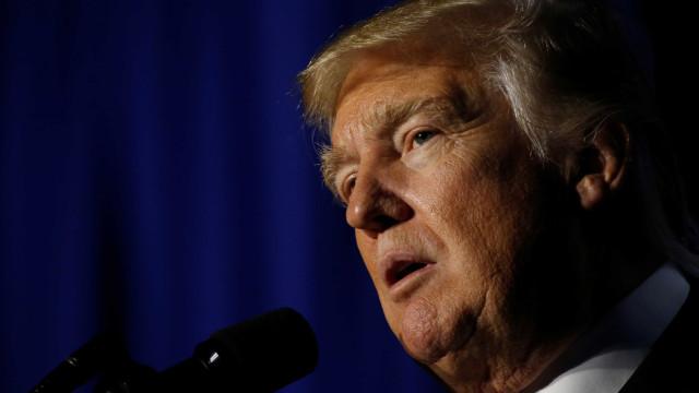 """Trump envia """"calorosas saudações"""" a muçulmanos no fim do Ramadão"""