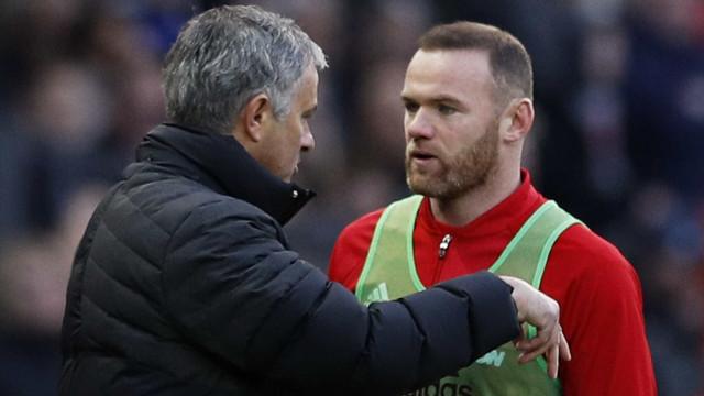 """Rooney sai em defesa de José Mourinho: """"É um alvo fácil"""""""
