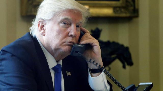Trump retém 100 mil páginas de informação sobre candidato ao Supremo