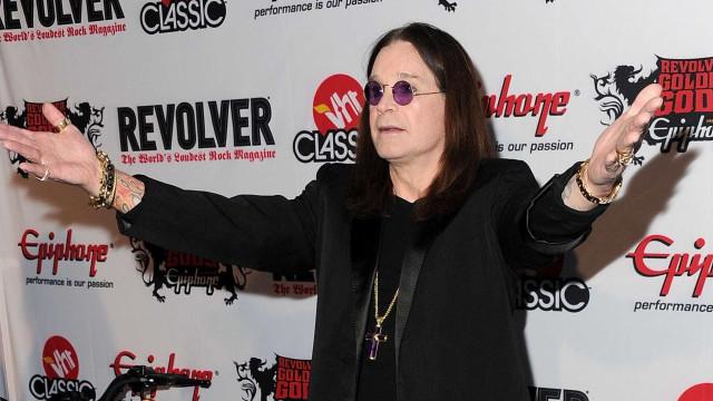 A recuperar, Ozzy Osbourne já não está nos cuidados intensivos