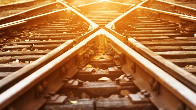 Mulher morre atropelada por comboio em Coimbra. Linha do Norte cortada