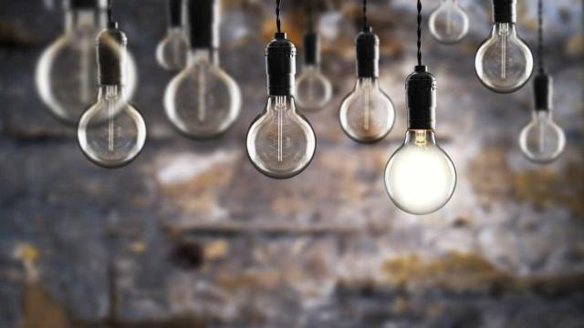 Tarifas da luz devem descer 0,2% a partir de 1 de janeiro