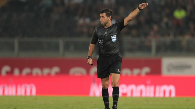 Hugo Miguel é o eleito para apitar o Estoril-Benfica