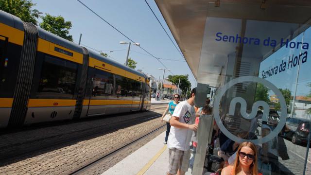 PCP quer rever concessão da Metro do Porto e vínculo efetivo
