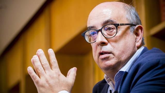 """Aprovada audição de Azeredo pedida pelo PS para """"atualizar informação"""""""