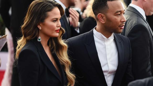 Trump bloqueia mulher de John Legend no Twitter
