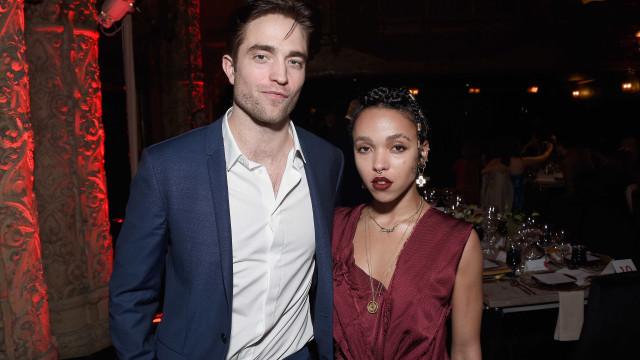 Problemas na relação? Noiva de Robert Pattinson próxima de modelo