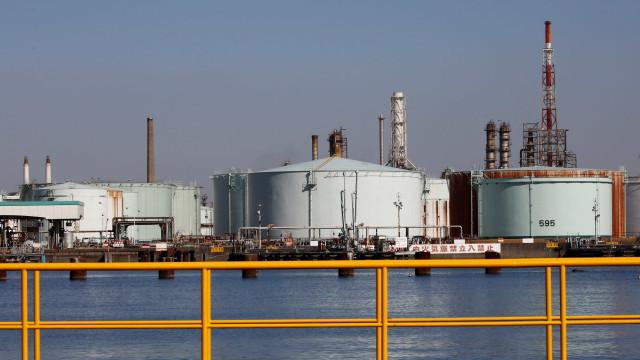 OPEP revê em baixa procura mundial de petróleo em 2019