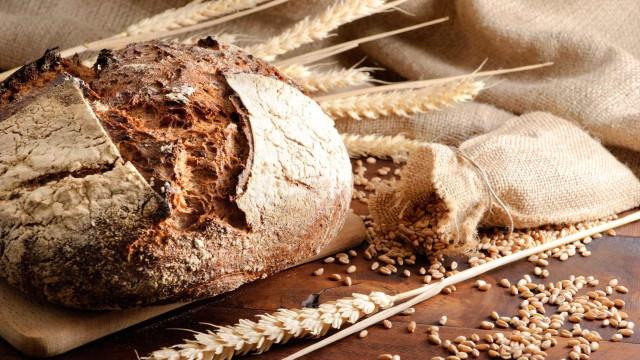 """Preço do pão deverá sofrer """"correções"""" em 2018. Irá subir, tudo indica"""