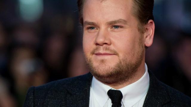 Corden faz 'piada' sobre crimes de Harvey e pede desculpa após críticas
