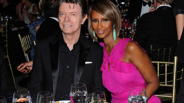 Viúva de David Bowie partilha foto rara da filha de ambos