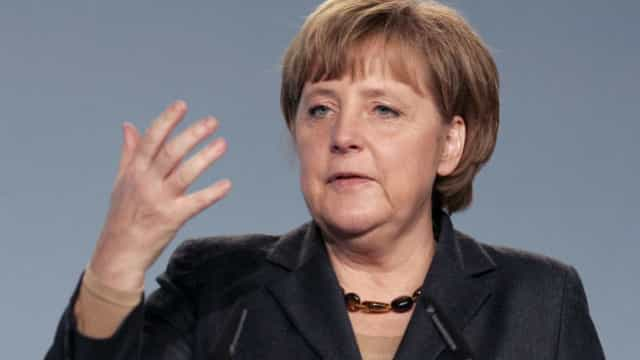 Brexit: Merkel espera que Espanha resolva reserva sobre Gibraltar