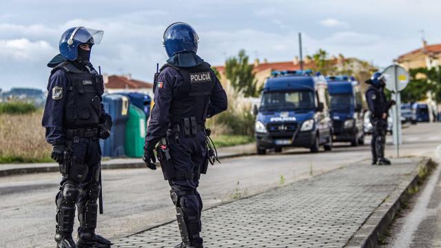 PSP apreendeu armas em centro de treino de defesa pessoal em Aveiro