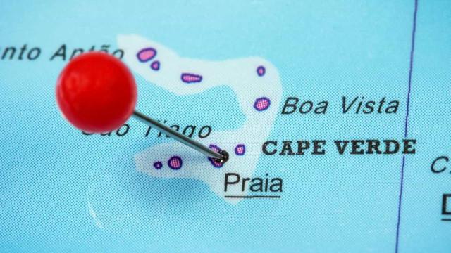 Dois antigos polícias detidos por vários crimes em Cabo Verde