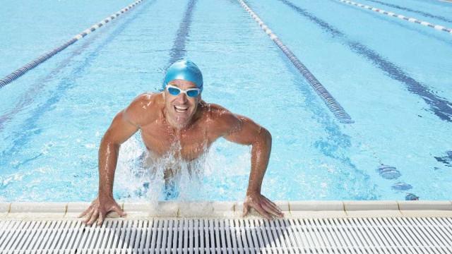Treinos indoor: Quatro motivos por que deve experimentar natação