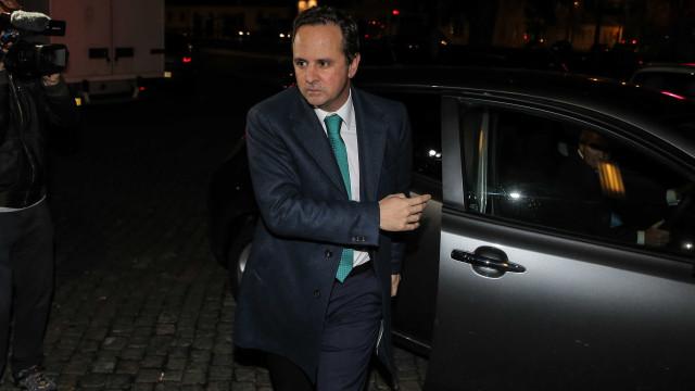 Medina recusa foco no carro em Lisboa, ao contrário dos adversários