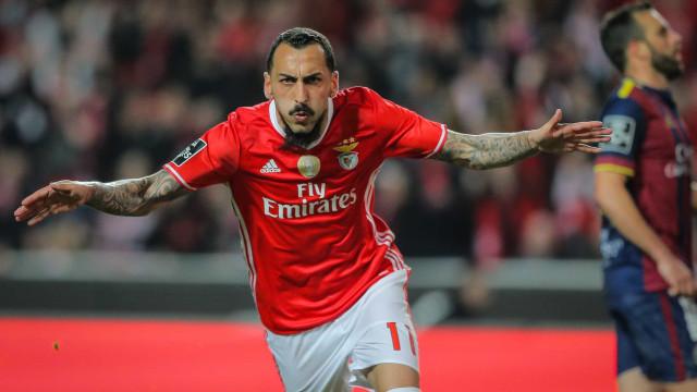 """Porque é que aceitaram a minha saída? """"Têm de perguntar ao Benfica"""""""