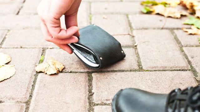 Perdeu a carteira com todos os documentos? Avise o Banco de Portugal