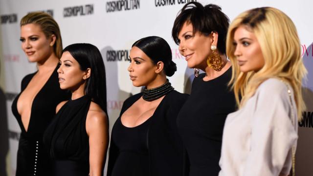Quando não querem tirar fotos, é com esta cara que ficam as Kardashian