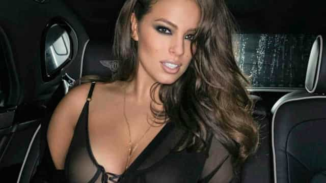 Ashley Graham aquece as redes sociais com foto em topless