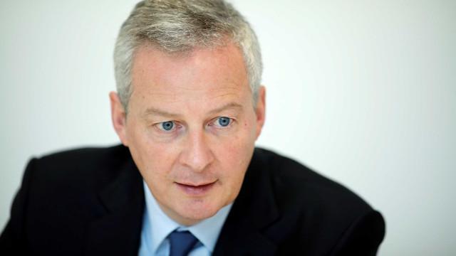 Ministro das Finanças francês favorável a aceleração de baixa de impostos