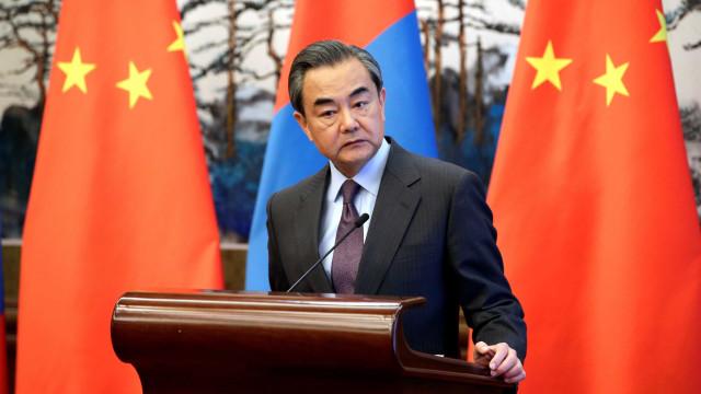 China pede novas negociações sobre programa nuclear da Coreia do Norte