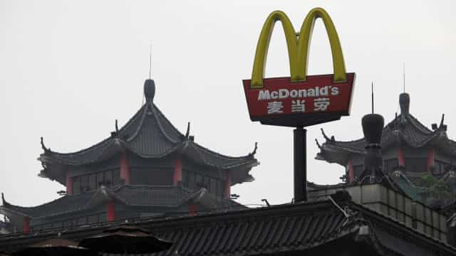 McDonald's foge aos ocidentais saudáveis com aposta reforçada na China