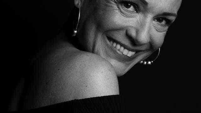 Carla Andrino termina tratamentos e deixa emotiva mensagem