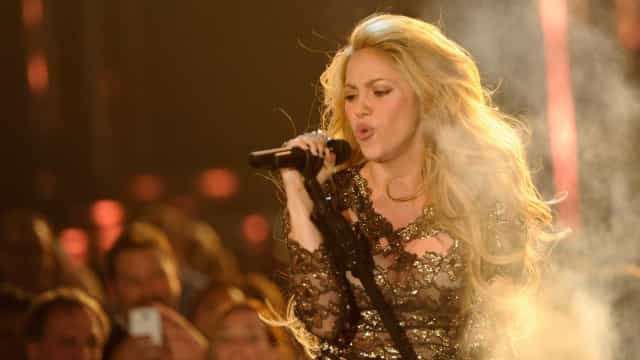 Shakira foi vista pelo médico que operou Sam Smith e Adele