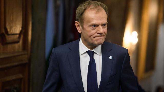 """Brexit: Proposta de Londres está """"aquém das expectativas"""", diz Tusk"""