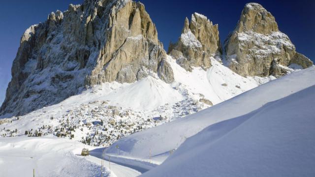 Dois homens morrem em explosão quando tentavam prevenir avalanches