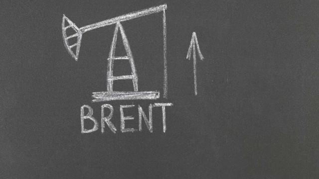 Barril de Brent abre em alta nos 66,68 dólares