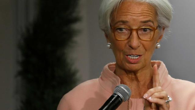 "Lagarde prevê ""doce"" momento na economia mas alerta para desigualdades"