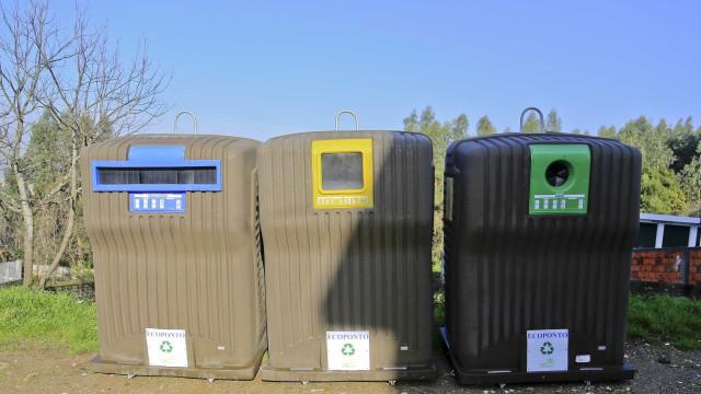 Reciclagem é mais importante para portugueses que energia e transportes