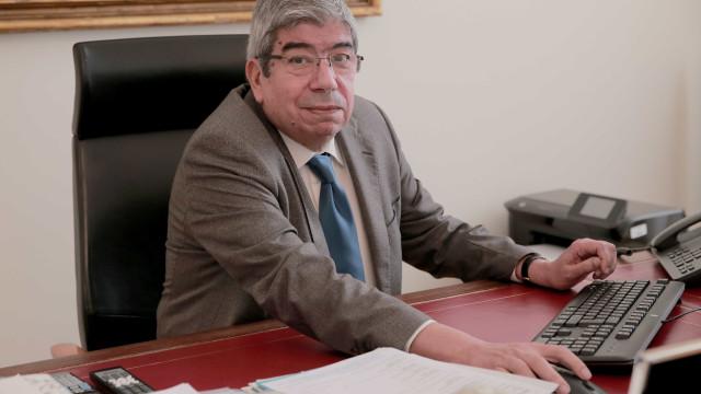 """Ferro Rodrigues diz que é tempo de reforma sem """"calculismos partidários"""""""