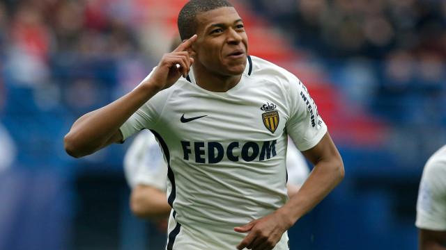 Mbappé: Acordo entre Monaco e PSG está fechado e tem cláusula surreal
