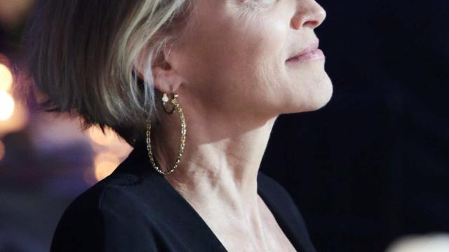"""Sharon Stone recorda fase difícil. """"Foram brutalmente indelicados"""""""