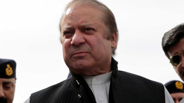 Ex-primeiro-ministro do Paquistão acusado de corrupção