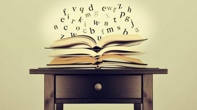 Biblioteca de Angra cria clube para estimular gosto pela poesia