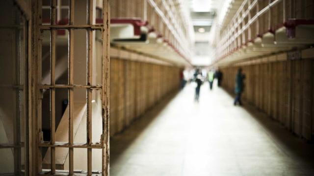 Guarda prisional desmaia e é salvo por seis prisioneiros