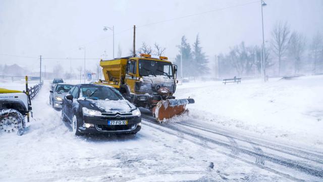 Atenção: IP4 está cortado ao trânsito devido à neve