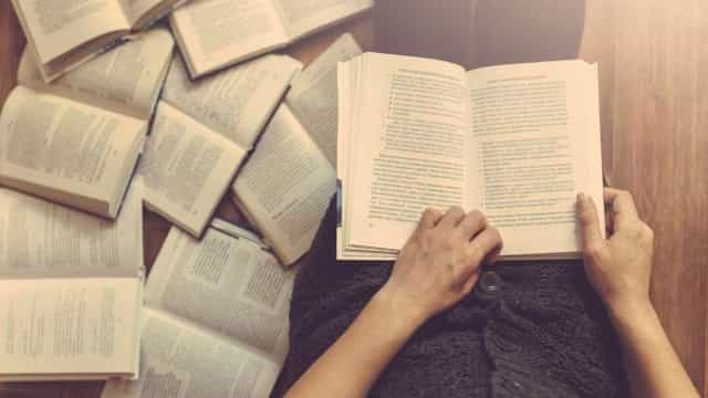 Três meses após morte de Naipaul chega às livrarias 'Metade da Vida'