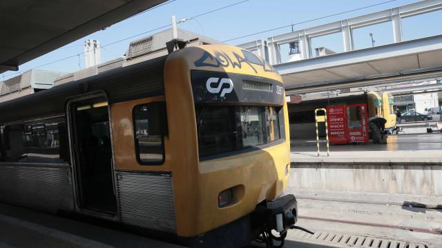 Idosa mortalmente colhida por comboio em Tavira
