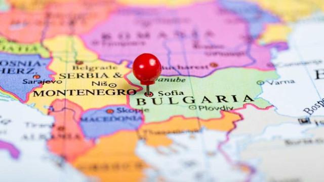 Pelo menos 15 mortos devido a despiste de um autocarro na Bulgária
